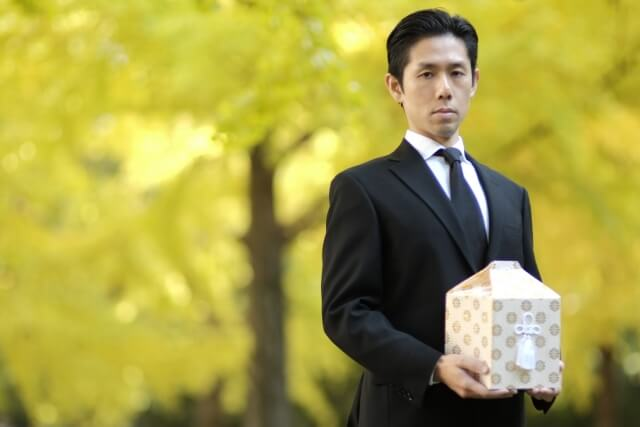 急な葬儀・葬式で慌てない為の「喪主がやる事」マニュアル